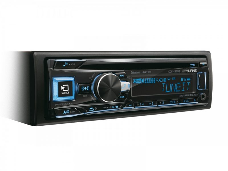 Player auto Alpine CDE-193BT, 4x50W, USB, AUX, CD, Bluetooth, iPod/iPhone, Panou frontal detasabil